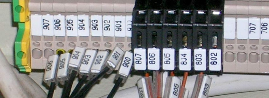 Schemi Elettrici Bordo Macchina : Realizzazione quadri elettrici cablaggio bordo macchina